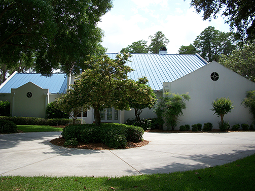 front circle driveway of house